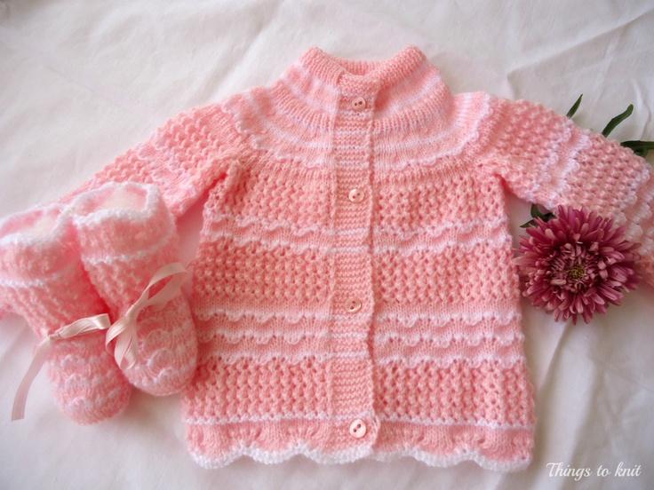 Chaqueta y patucos rosas para bebe, primera puesta