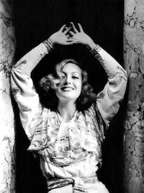 .: Joan Crawford | by George Hurrell :: 1933 :.
