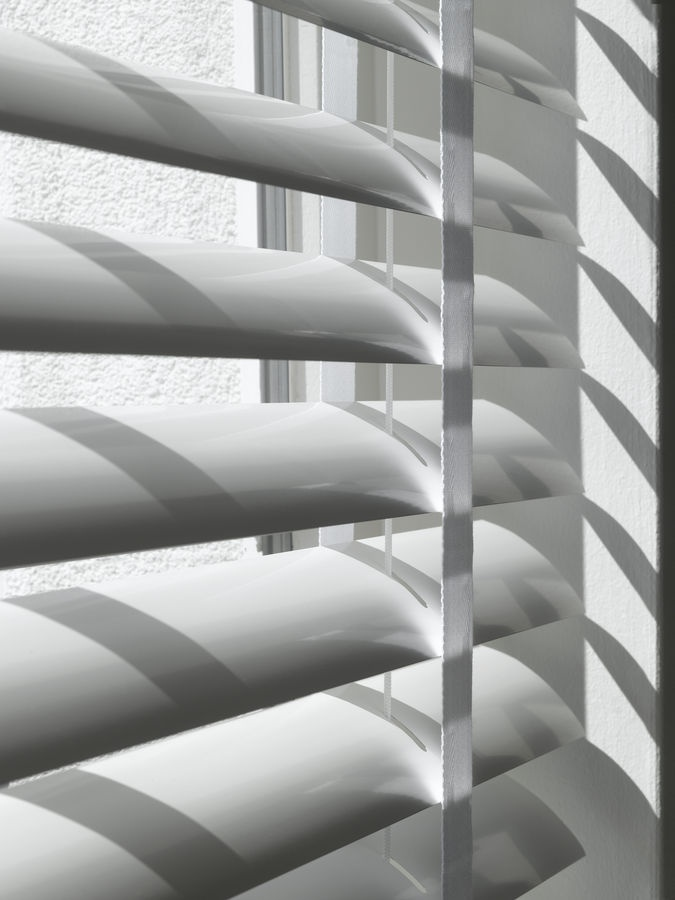 Metal venetian blinds with cloth tape - I hated it when Mom said it was time to take them down to clean
