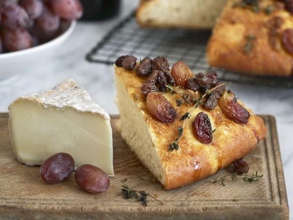 Korinthenbrot und Käse ist ein Rezept mit frischen Zutaten aus der Kategorie Brot. Probieren Sie dieses und weitere Rezepte von EAT SMARTER!
