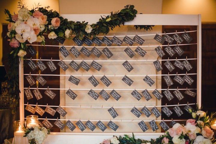 wedding place card idea; photo: Mibelle Photographers