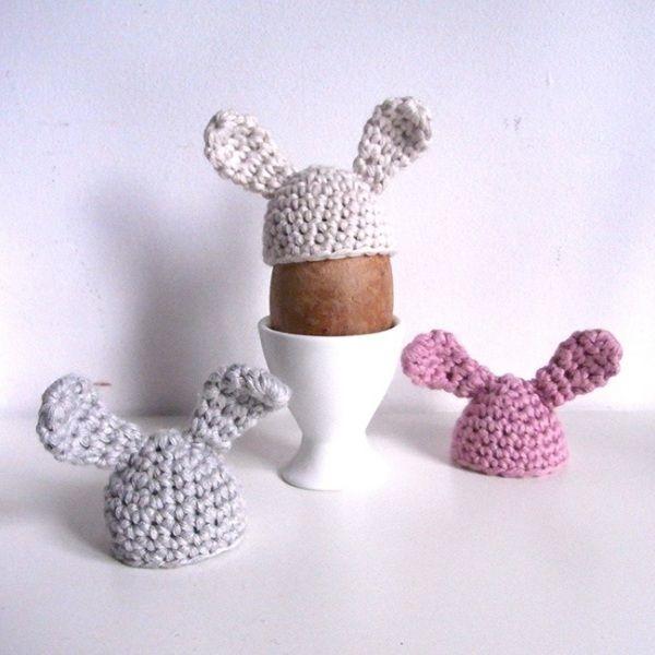 Eierwärmer mit Wolle-stricken Dekorieren-ideen ostertisch