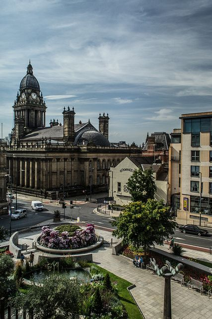 Leeds town Hall, Leeds, England by richboxfrenzy, via Flickr