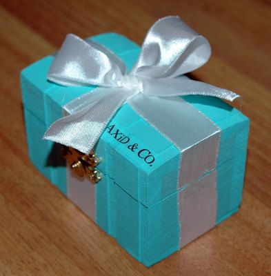 Tiffany & Co. pin box! @Miranda Gray wouldn't this be a great way to give new girls their pins?! Can we do it pretty please?!