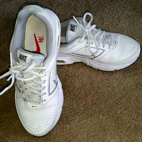 Nike walkers Health walkers 8 Nike rolling air MAX  All white Nike Shoes