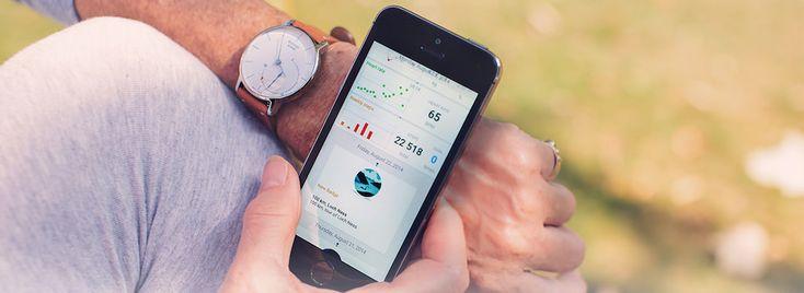 Withings Activité - Luxusné švajčiarske hodinky s francúzskou eleganciou, ktoré majú niečo naviac. Ukrývajú monitor aktivity. Aktuálny progress zobrazujú priamo na ciferníku. Ráno Vás zobudia jemnými vibráciami. Sú vodotesné do 50m a batéria vydrží až 8 mesiacov.