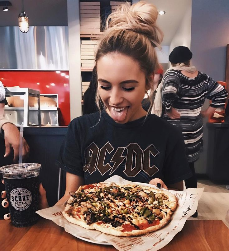"26.5k Likes, 114 Comments - Kalyn Nicholson (@kalynnicholson13) on Instagram: "" god bless @scorepizza for making vegan pizza a possibility in ktown. You the real MVP and half…"""