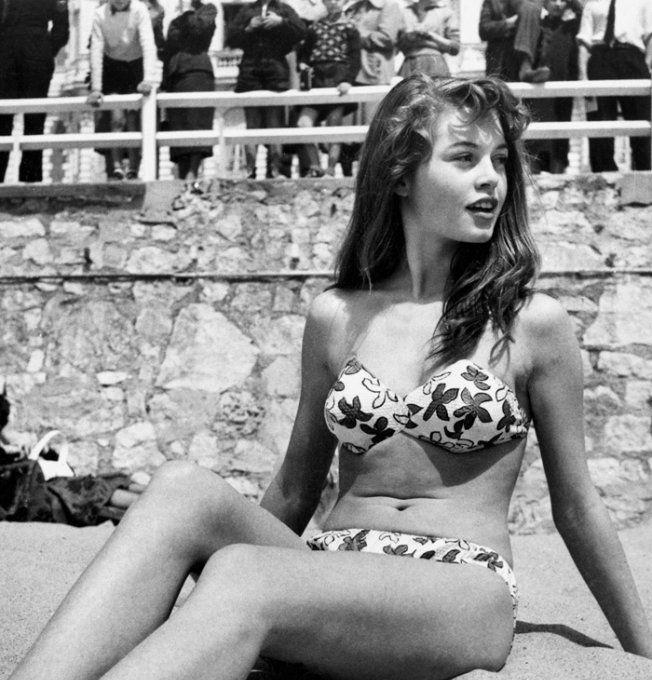 Brigitte Bardot en maillot de bain