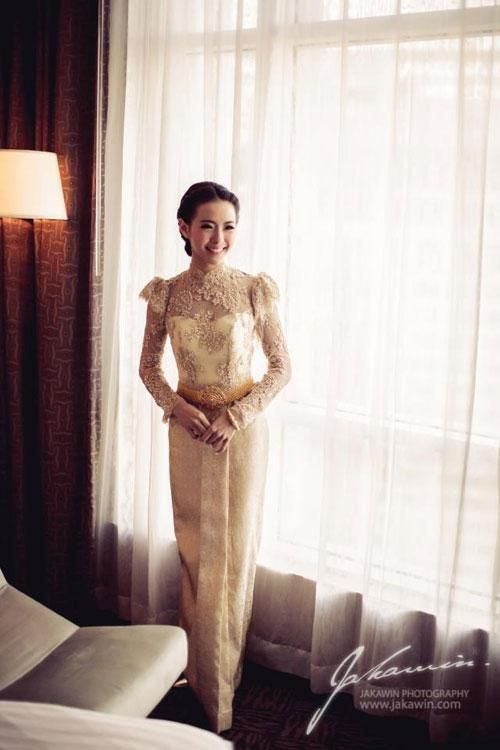 Best 25  Thai wedding dress ideas only on Pinterest | Thai dress ...