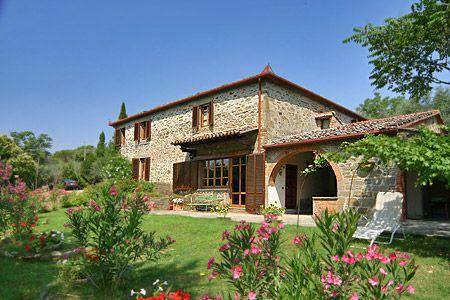 Tuscany Villas | Find Tuscany villas | Book Holiday Villa in Tuscany | Italian View
