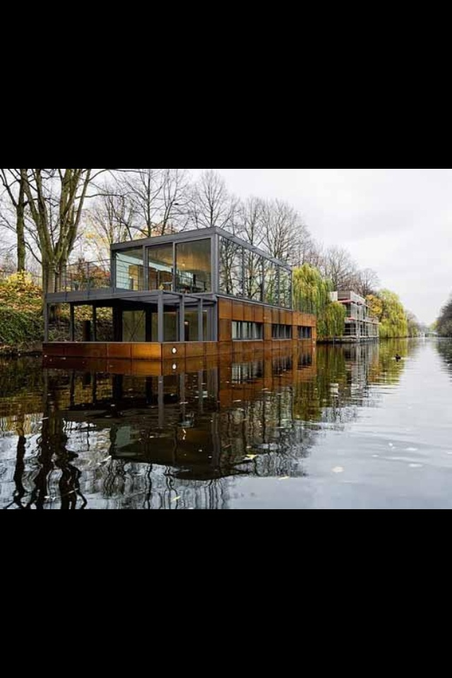 houseboat cool stuff pinterest floating house and. Black Bedroom Furniture Sets. Home Design Ideas