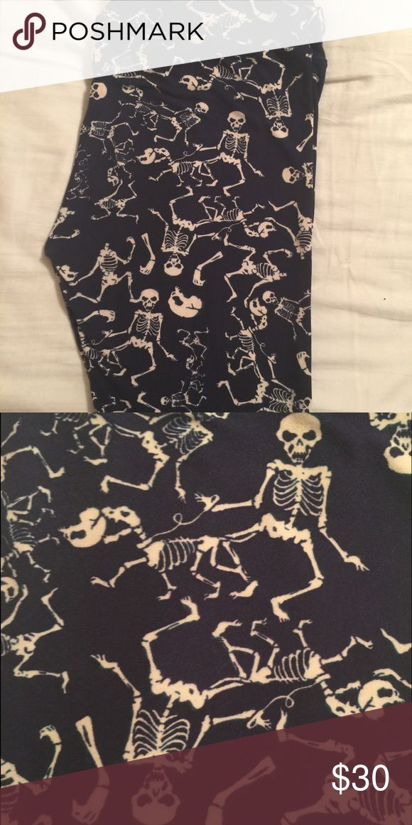 Lularoe Halloween Leggings OS Skeleton Dog Walker LuLaRoe Pants Leggings