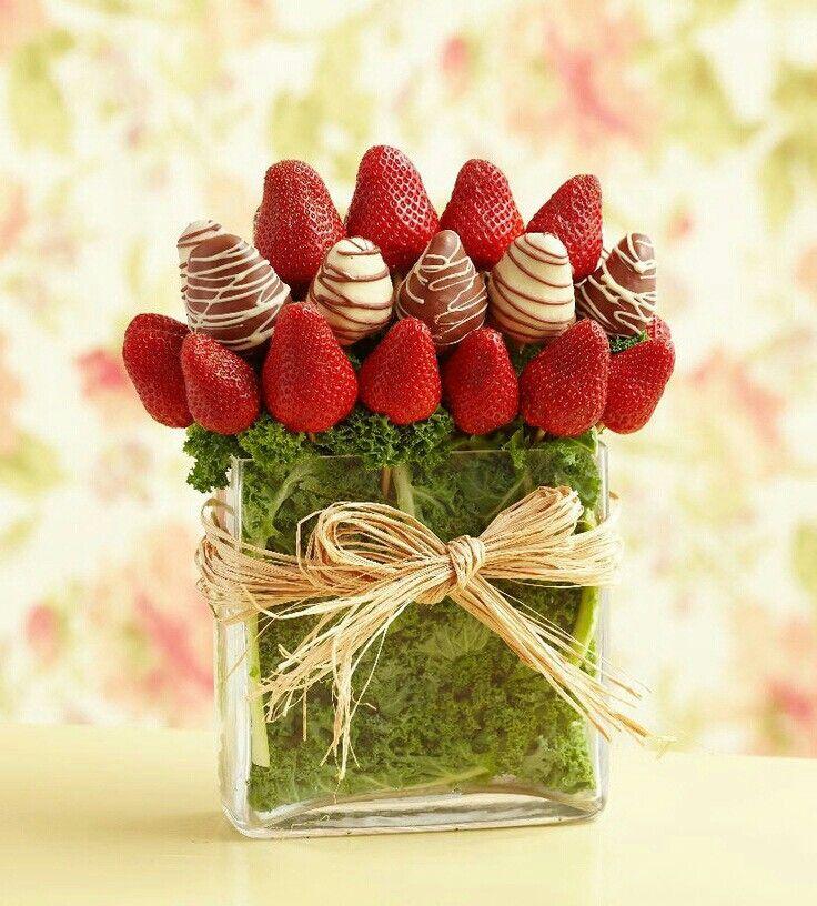 Arreglo frutal en fresas....