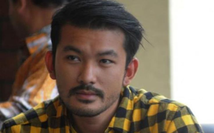 Berita Selebriti: Manfaat Idul Adha Menurut Aktor Ganteng Rio Dewanto - http://www.rancahpost.co.id/20150941008/berita-selebriti-manfaat-idul-adha-menurut-aktor-ganteng-rio-dewanto/