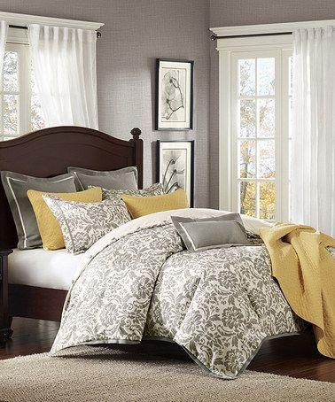 Majesty Linen Blend Comforter Set
