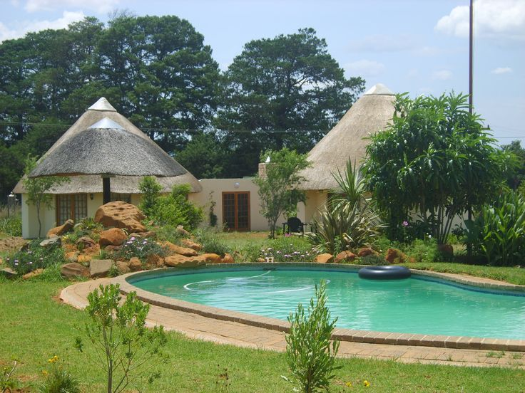 Geluksburg ... lying between somewhere and nowhere, is Afrikaans for 'happiness town' or 'fortune city', presumably taking its name from the farm Geluk, Afrikaans for happiness and good fortune. Stay in Gina's Selfcatering Chalets https://goo.gl/wmMWm7