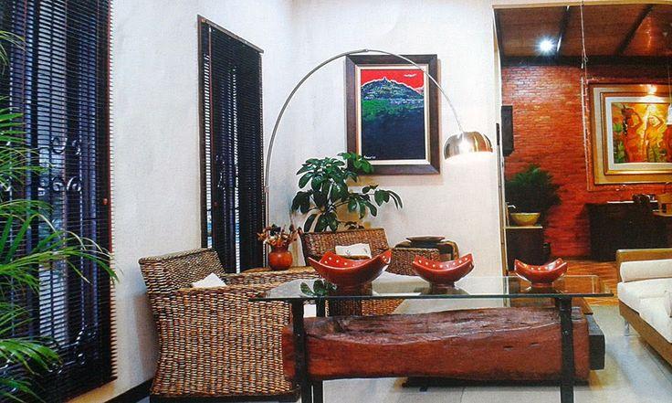 Desain Ruang Keluarga dengan Menonjolkan Fungsi dan Nilai Seni 1 - Rumah Kita