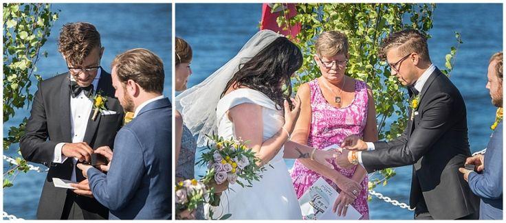 Wedding at sea. M/S Enköping Archipelago Stockholm #ceremony #ceremoni #wedding #bröllop #portraits #boat #msenköping #nauticalwedding #archipelago #skärgård #skärgårdsbröllop #bröllopsporträtt #brudpar #bröllopsdag #moments #weddingday #vintage #annalauridsen #kullafoto #bröllopsfotograf #stockholm #gamlastan #bröllopsfotografskåne #bryllup #bryllupsfotograf #bröllopsfotografstockholm [Photo by Anna Lauridsen Kullafoto]