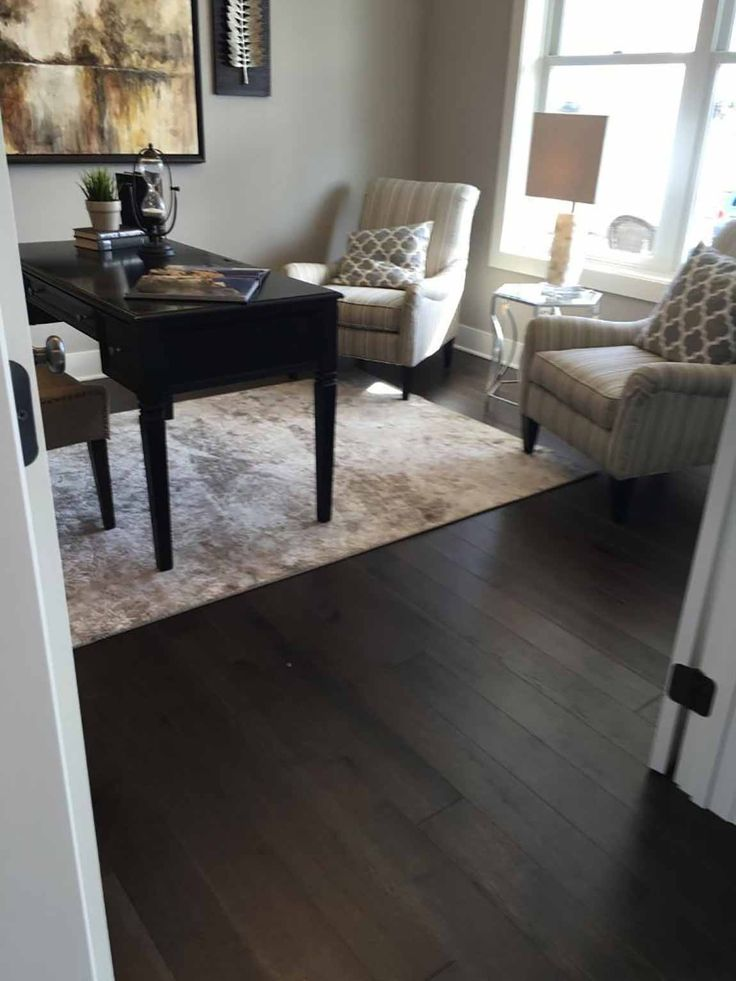 Virtual Design Living Room: Living Room-Classic Traditional-Wood Look-Dark