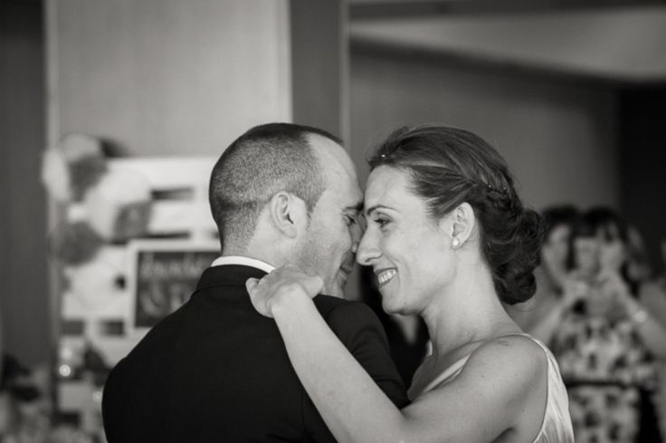 Najpopularniejsze przeboje weselne według Kino Polska Muzyka - Wybór odpowiedniej muzyki na wesele jest bardzo skomplikowany. W zasadzie trudno jest wytypować odpowiednie piosenki. Jak wiadomo to właśnie od muzyki w głównej mierze zależy, czy zaproszone osoby będą dobrze bawić się na przyjęciu. Poniżej prezentujemy małą ściągę. To ranking stworzony przez Kin... - http://www.letswedding.pl/najpopularniejsze-przeboje-weselne-wedlug-kino-polska-muzyka/