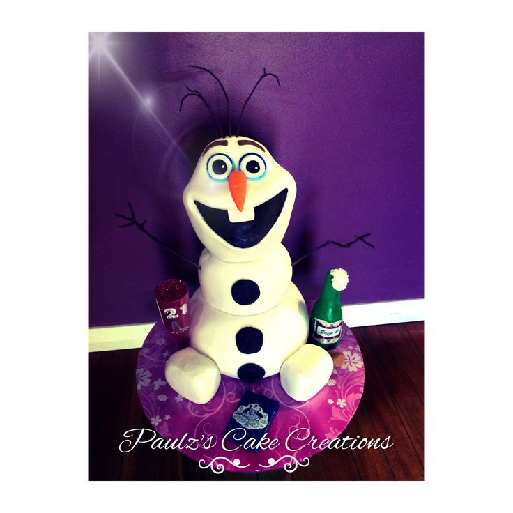 """Olaf"" inspired cake"