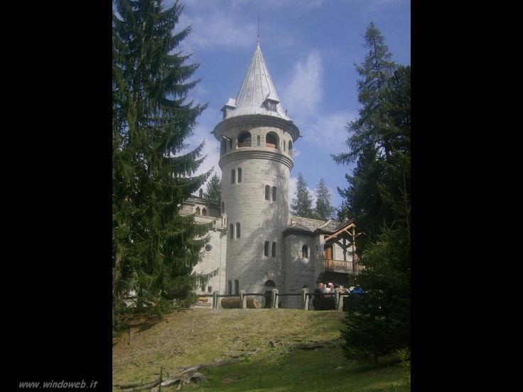 Gressoney castello Savoia  http://www.windoweb.it