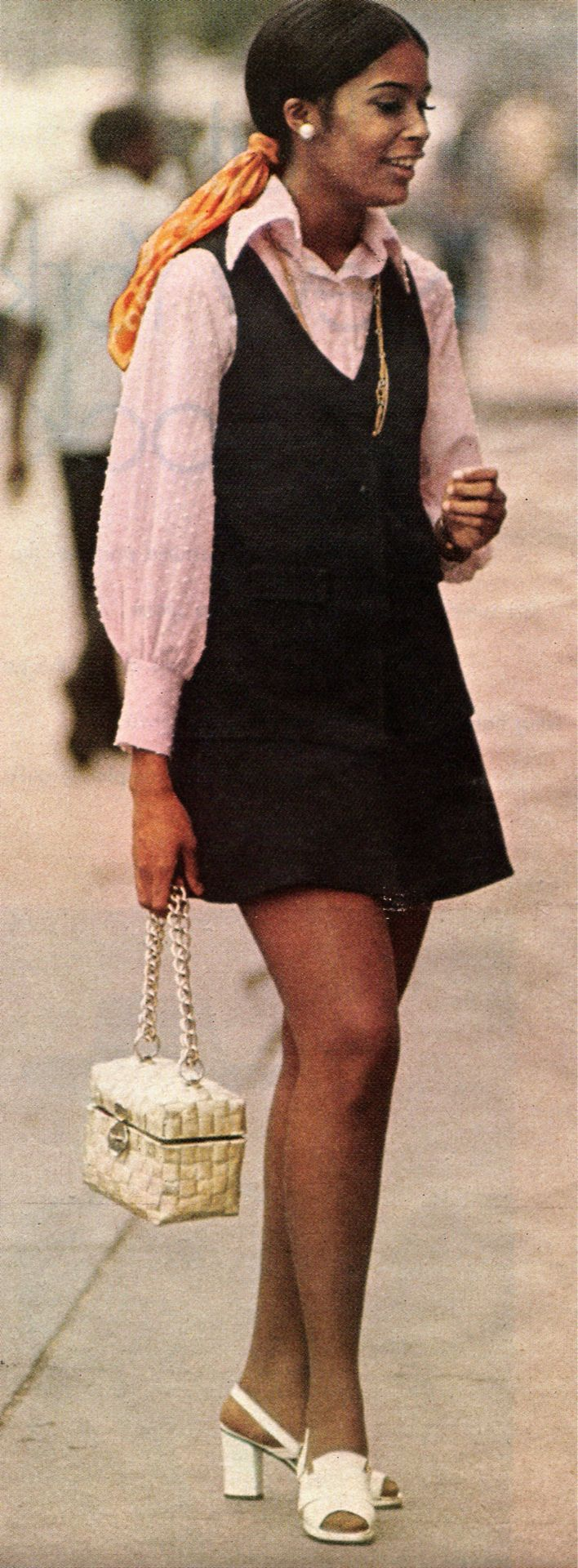 1970's Fashion. My 3rd grade teacher looked and dressed just like this!