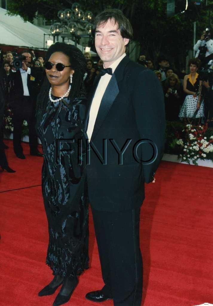Whoopi Goldberg & Timothy Dalton attend the 1992 Academy Awards