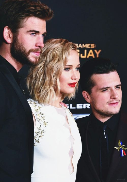 Josh Hutcherson,Jennifer Lawrence and Liam Hemsworth