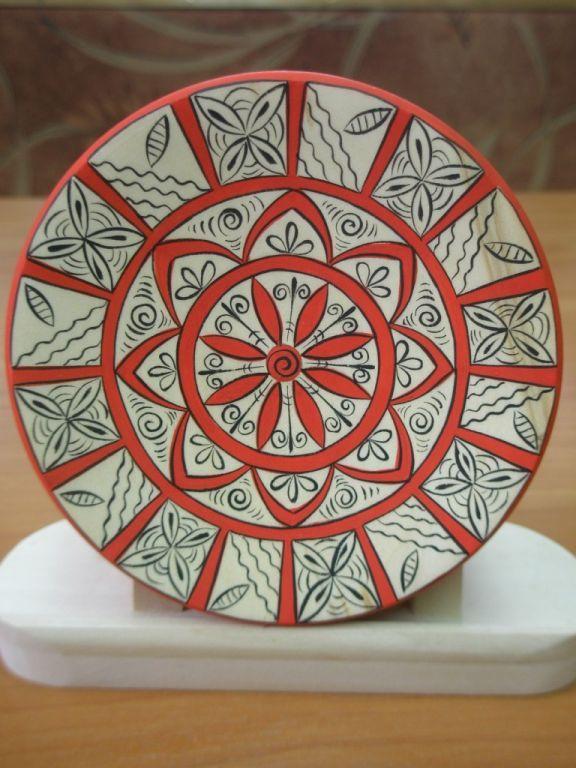 Мезенская роспись. Mezenskaya painting - one of the most ancient Russian art crafts.