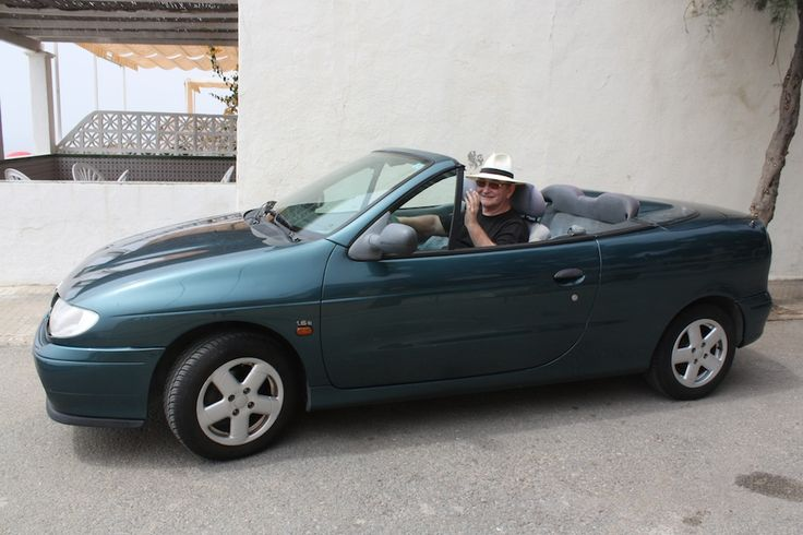 Renault Megane, cabriolet 1997.  www.RogerCummiskey.com
