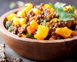 Poêlée de lentilles anti-constipation aux carottes et curry : http://www.fourchette-et-bikini.fr/recettes/recettes-minceur/poelee-de-lentilles-anti-constipation-aux-carottes-et-curry.html