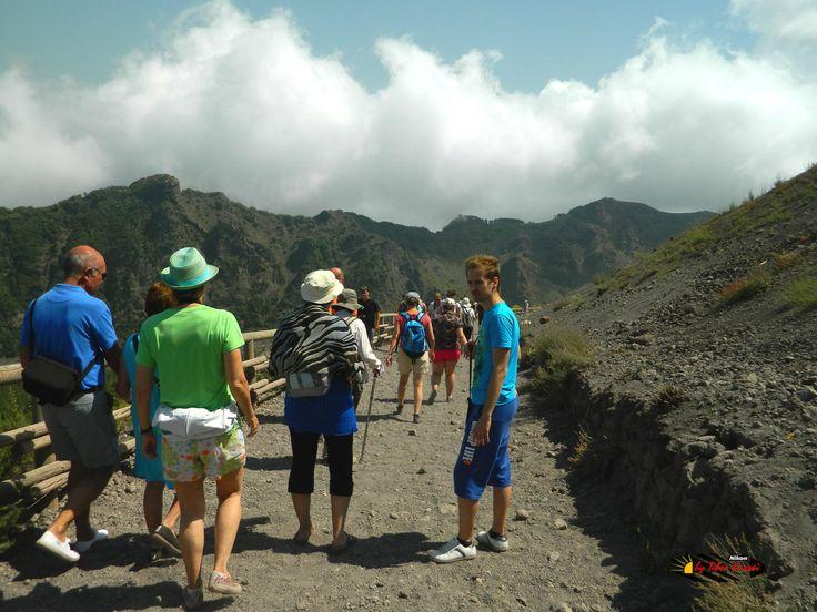 Mount Vesuvius,  Nikon Coolpix L310, 5.1mm,1/800s,ISO80,f/3.2,+1.0, 201507131058