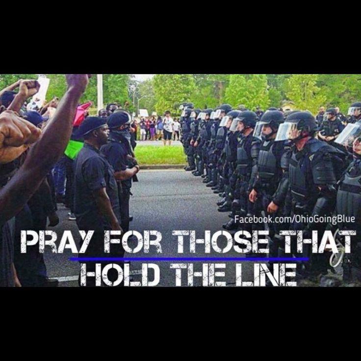 Bluelinebeasts.com ⚫️⚫️ #policefamily #unity #blueline #nypd #njsp #njpolice #police #cops #bluelinebeasts #thinblueline #cops #usa #gym #fitcops #policeusa #bluelinefamily #cop #fitcops  #fitness #fit #leo #bluelinebeast #fitness #fitcop #k9 #k9officer #lapd #policepics #policeofficer #policecar #protectandserve #wolfhunter #bluelivesmatter