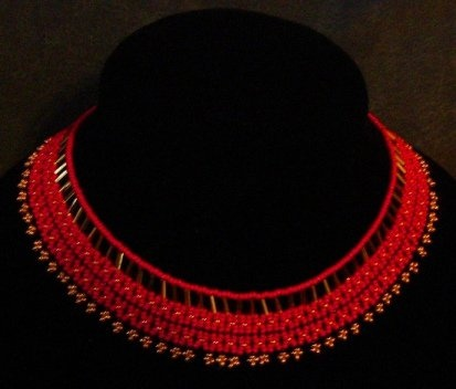 Red netted collar. Size 10 glass seed beads.  www.facebook.com/teristreasures