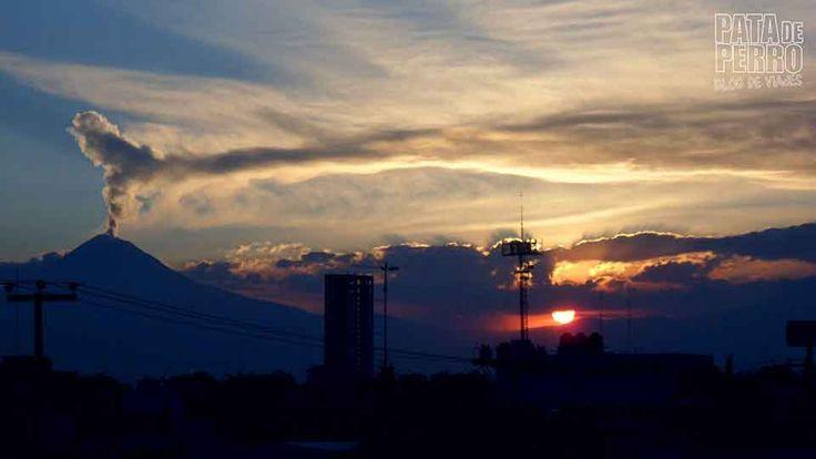 No te pierdas esta bonita historia de los volcanes amantes de #Puebla, pintoresca ciudad de #México.  Y ya sabes, si tu también quieres colaborar y ser publicado en Lápiz Nómada, échale un vistazo a los requisitos de publicación: http://www.lapiznomada.com/colabora-en-lapiz-nomada/