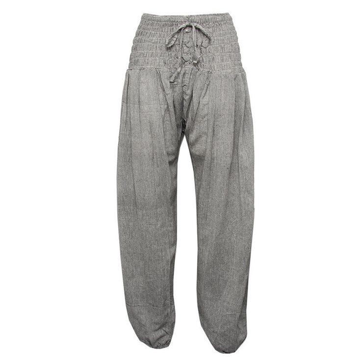 http://www.hippyclothingco.co.uk/products/aladdin-harem-pants#.VNKw7NKsWT8