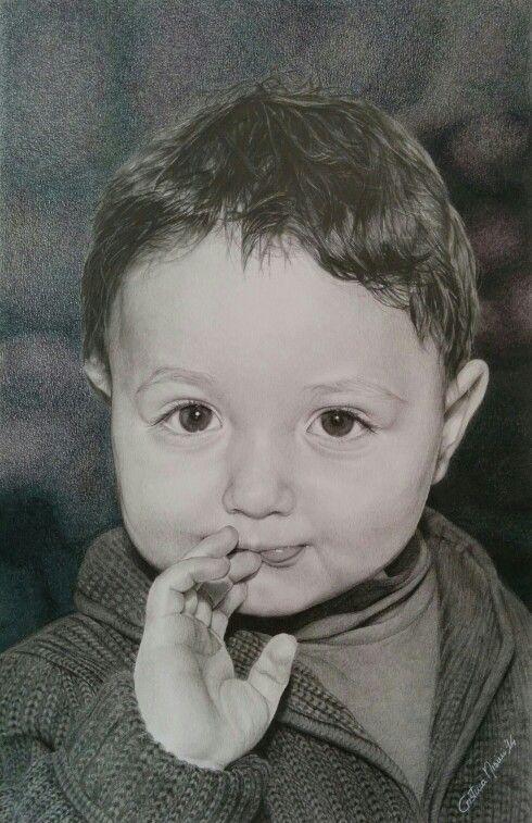 """""""Gabriele"""", chiaroscuro a matita e grafite colorata su cartoncino, 2014. """"Gabriele"""", pencils and graphitint on paper, 2014.  #portrait #draw #drawing #disegno #disegnare #ritratto #art #drawer #artist #chiaroscuro #pencils #graphitint #dolcezza"""