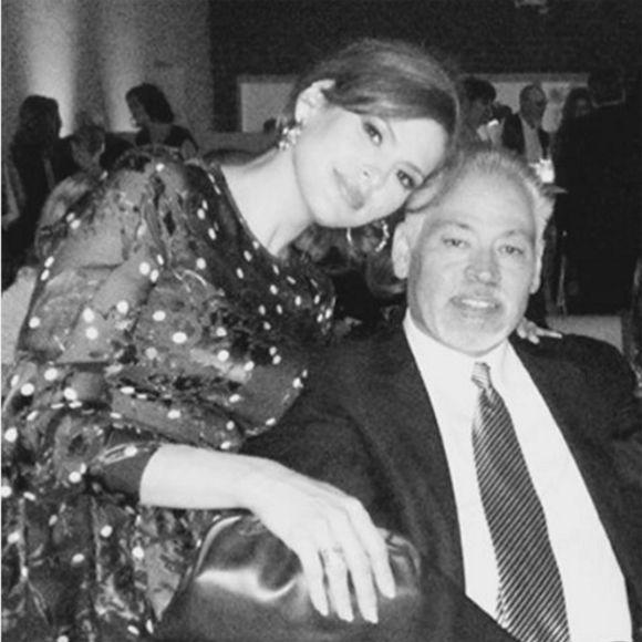Eva Mendes rend hommage à son frère décédé du cancer | HollywoodPQ.com