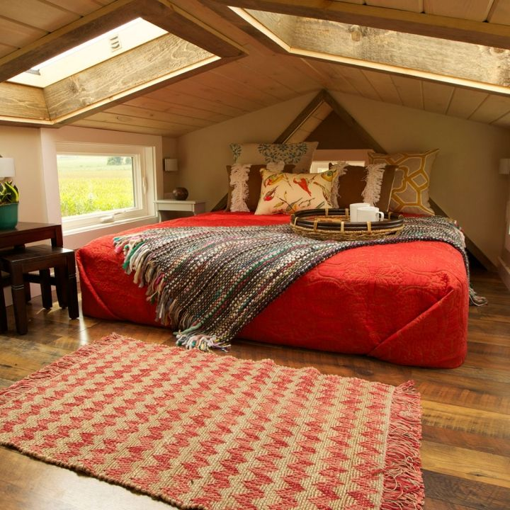 Skylights in a #TinyHouse? Perfection.