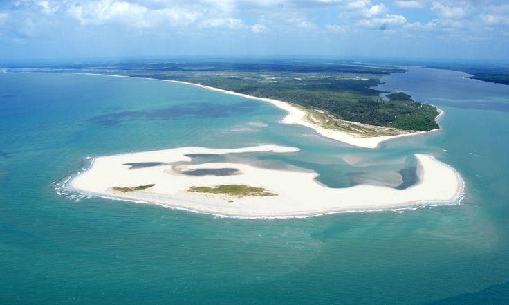 Conheça a Península de Maraú, um paraíso para uma viagem romântica na Bahia. Sugestões de hotel, atividades e principais atrações.