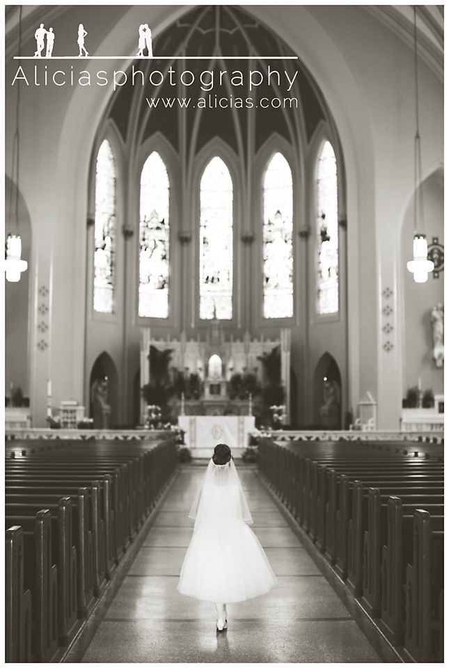 Timeless First Communion Poses