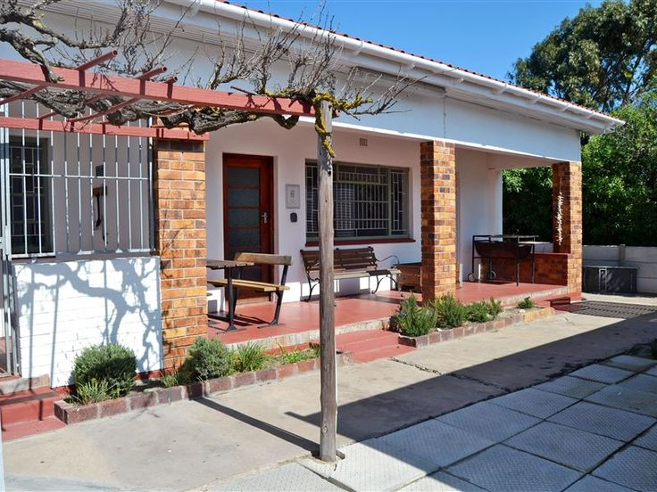 Kite House - Kite House is one of Langebaan's oldest houses, fitted with beautiful Oregon- and parquet floors.  The house is located in the old Langebaan village area, which is known as the Kite Quarters due to its ... #weekendgetaways #langebaan #southafrica