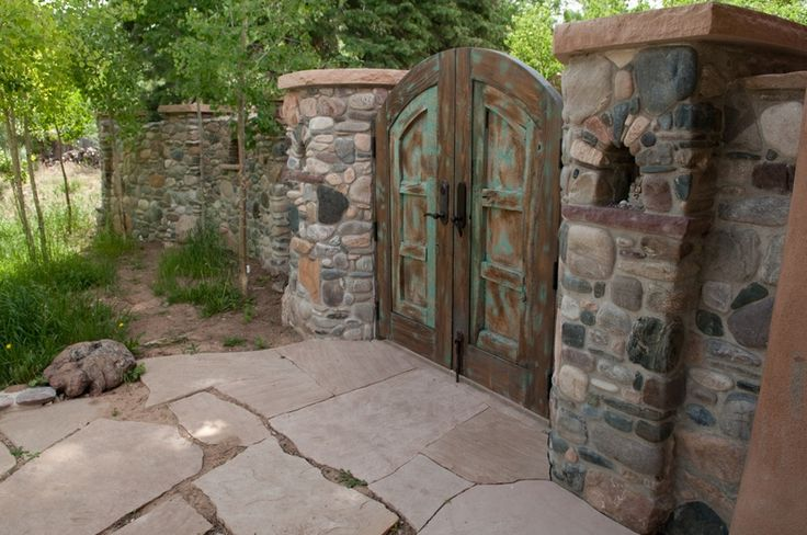 1000 images about river rock projects on pinterest for River rock wall