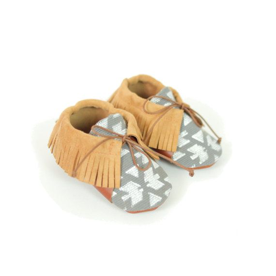 Grey moccasins. From S.16 to S.24. by ANAAME on Etsy