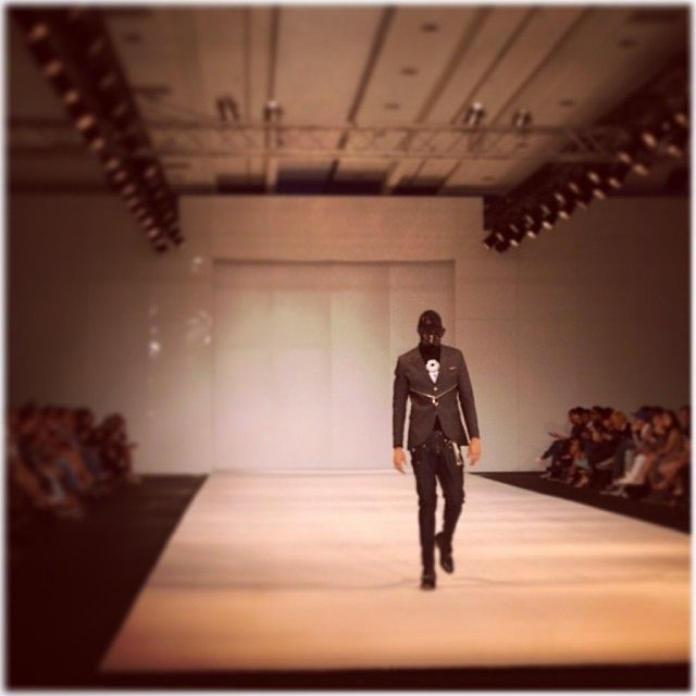 Fashion ASIA @Fashion ASIA @courtneydober struts his stuff on the runway in #manila for #chrisjasler