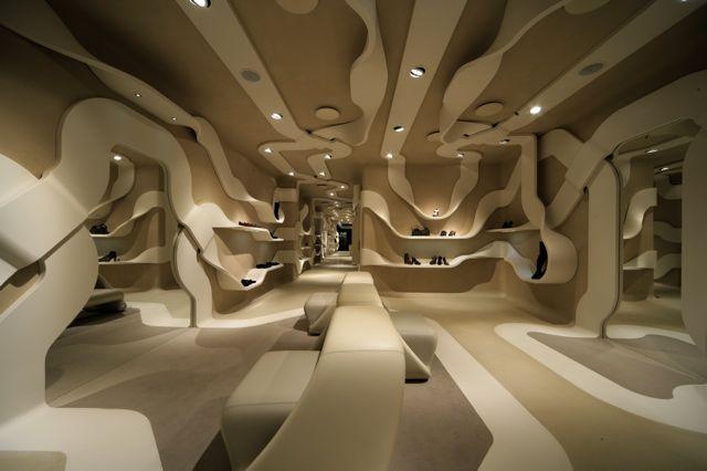Concept-Store pour la boutique Stuard Weitzman par Novembre