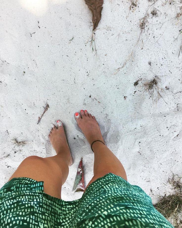📷 @cheerio_miss_sophiie 'Sandy feet are the best feet. #paradise #sandyfeet #giliasahan #holidaygoals #lombok #brownskin #sunkissed #travelgram #traveladdict #giliasahanecolodge   #regram #travelblogging #passportready #oceanvibes #ecoliving #beachlover #summervibes #sarong #batik #beautifuldestinations #gililife #blogger #traveltheworld #aroundtheworld #weekendgetaway #gypsylife #bestplaces_togo #bikinilife #exploringtheworld #lifewelltravelled