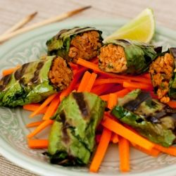 Vietnamese Bo La Lot appetizer, made without meat and rolled in Swiss chard before grilling.: Vegans Recipe, Lots Appetizers, Asian Vegans, Kale Recipes, La Lots, Vegans Vietnam, Bo La, Vegans Bo, Vegans Food