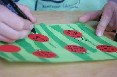 Biedronki na łące- trening w rysowaniu kółek. Ladybugs in digestion training in drawing circles.